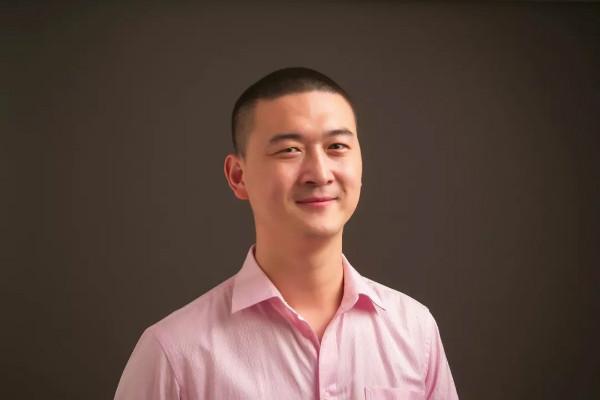 【专访】王元:写科幻,是我干过最科幻的事